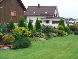 2. augustil kaunis koduaed Alasniidul